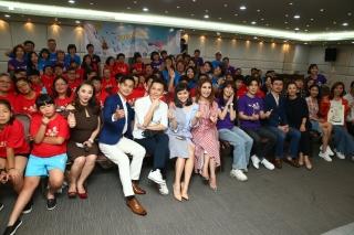 圓夢 24名身心障礙學童衝出台灣 完成藍天白雲世界拼圖